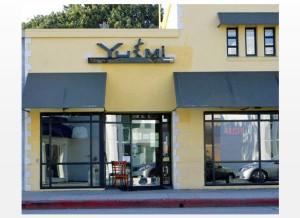 Yu/Mi Sushi store front